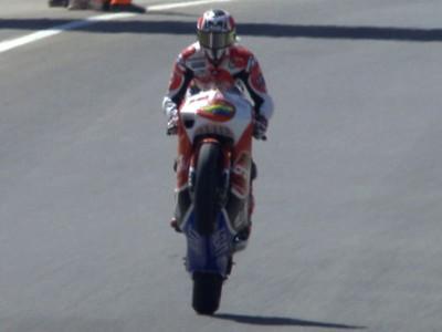 Fabelsieg von Hector Barbera in der 250cc