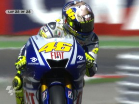 Rossi hits back with Misano triumph