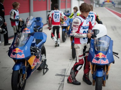 Siete pilotos se incorporarán a la Red Bull MotoGP Rookies Cup  2010