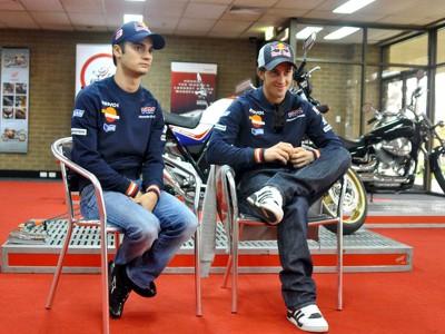 Pedrosa y Dovizioso visitan un Centro de Formación de Honda