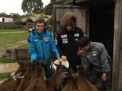 MotoGPライダーたちが野生動物公園を訪問