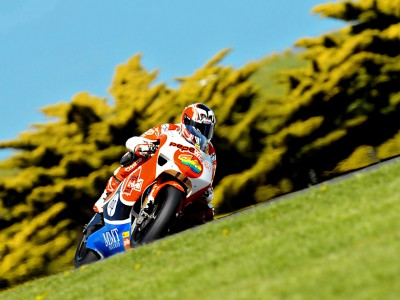 Barberá suffers crash after setting the pace
