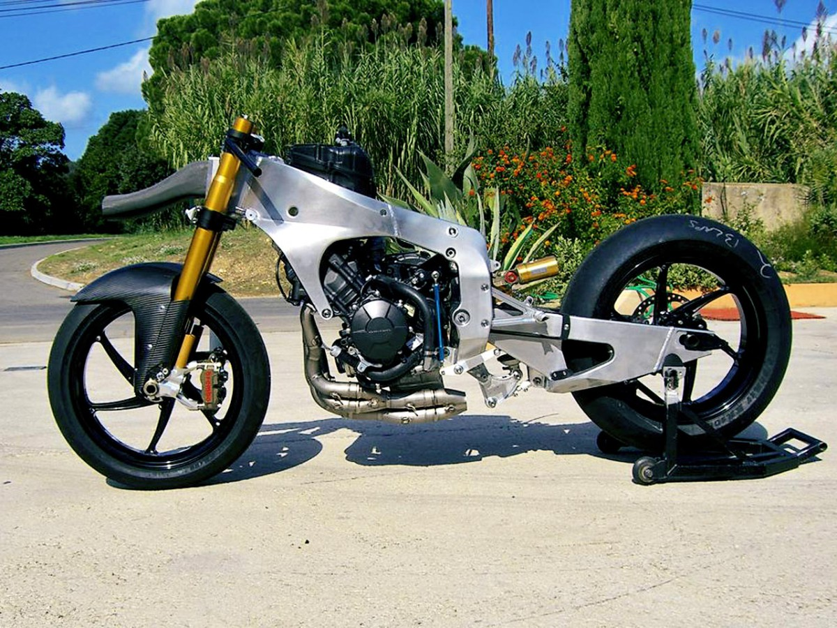 Tech 3 unveil Moto2 rolling chassis