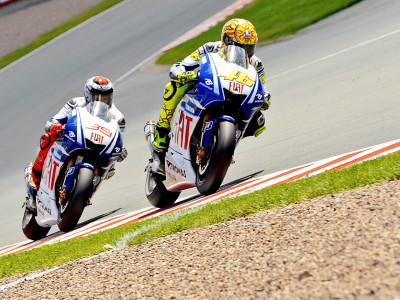 Rossi aiming for title as Lorenzo opts for consolidation