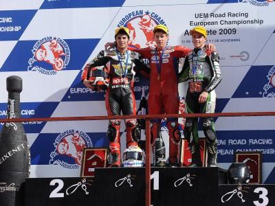 Schrötter, Morales et Coghlan, Champions d'Europe 2009