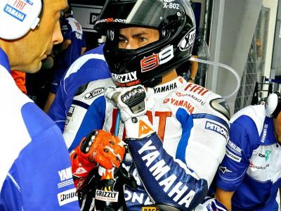 Lorenzo quiere despedir la temporada con un podio