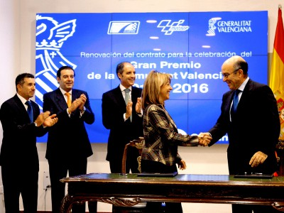 Valencia extends MotoGP contract until 2016