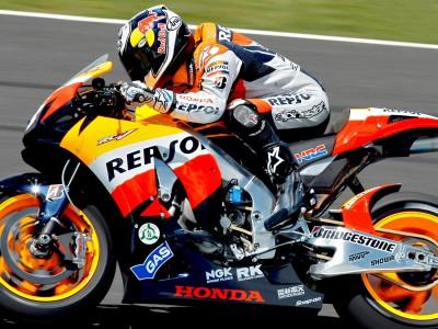 Pedrosa to sport Honda safety sticker on bike at Valencia