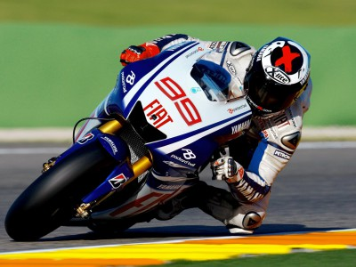 Lorenzo sets early pace on day two of Valencia test