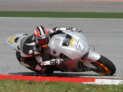 Aoyama and Simoncelli start Sepang test with good results