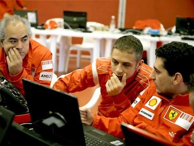 Rossi vuelve a subirse esta semana a un Ferrari