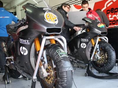 Pons Racing y Tech3 hacen los deberes en Valencia a pesar de la meteorología
