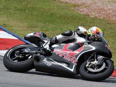 Espargaró sorride con la Ducati Pramac Racing