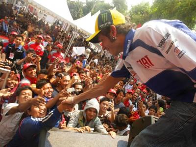 Rossi et Lorenzo rentrent d'Indonésie