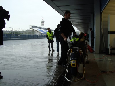 Rain affecting opening day at Jerez