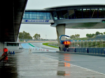 Bad weather persists at Jerez