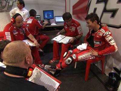 Rossi reste en tête à l'issue de la deuxième heure d'essais