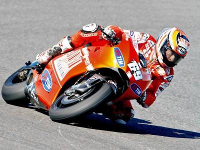 Hayden y Stoner, por debajo de sus expectativas en España