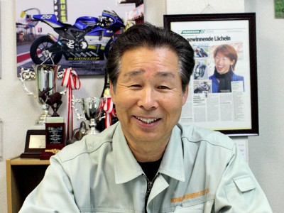 モリワキ、36年間の技術を証明する初優勝