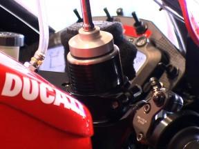 La limitation du nombre des moteurs vue par les ingénieurs du MotoGP