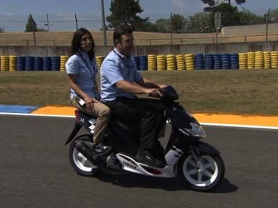 Una vuelta a la pista de Le Mans con motogp.com