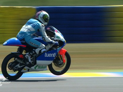Espargaró leads the 125 way in Le Mans FP1