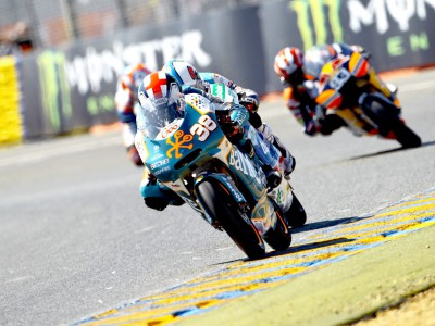 Podium fight satisfies Smith