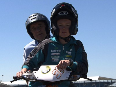 Le tour de Silverstone avec Bradley Smith et Nick Harris