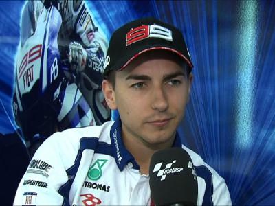 Lorenzo disfruta con su primera experiencia en Silverstone