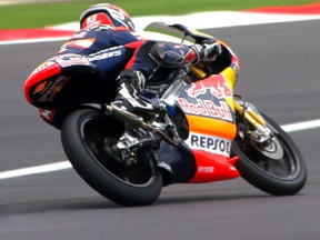 Márquez takes third pole of 2010