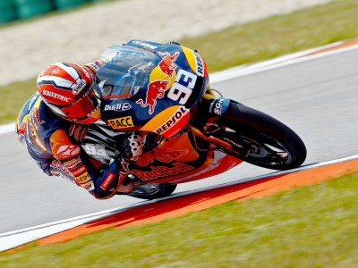 Márquez unstoppable in 125 early session