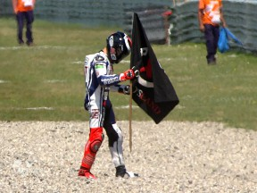Winning form continues at Assen for Lorenzo