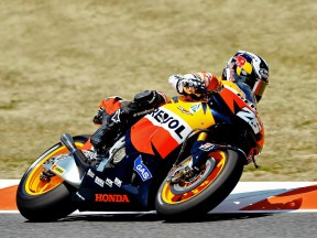 Pedrosa and Dovizioso make good starts