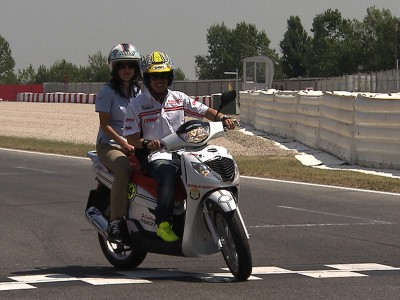 A lap of Catalunya with Toni Elías