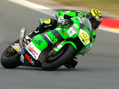 Iannone continues pole dominance