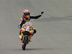 Márquez continues winning run at Sachsenring