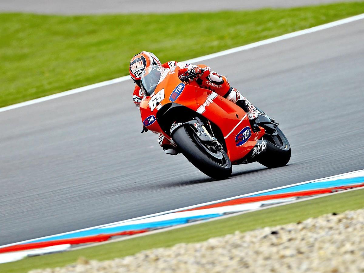 Opening Brno session underlines Ducati task | MotoGP™