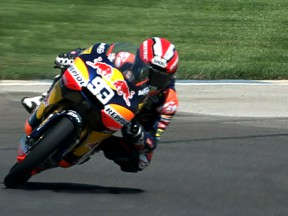 Márquez takes pole and record at Indianapolis