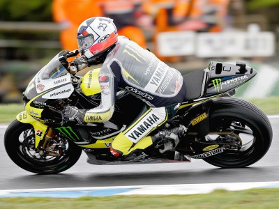 Edwards and Spies battle the elements at Phillip Island