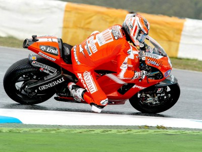 Strong start from Ducati duo at Estoril