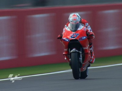 Storming start from Stoner in Valencia