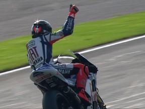 Lorenzo übernimmt die Spitze in Valencia