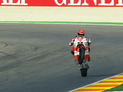 Bradl confirms Valencia pace with repeat top time