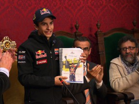 125cc World Champion Márquez welcomed home