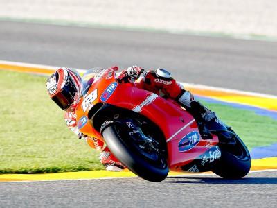 Hayden fastest Ducati rider on day one