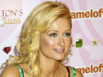 Paris Hilton to launch 125cc team