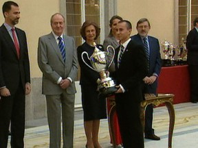 Lorenzo and Márquez collect National Sport Awards