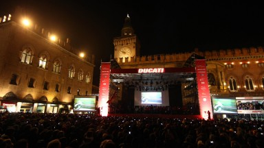 Rossi receives rapturous welcome at Ducati Night in Bologna