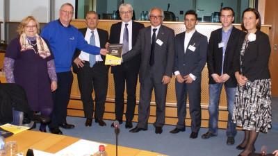 El Proyecto Rosa llega a la Comisión Europea