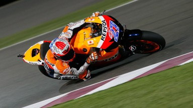 Stoner happy, problems for Pedrosa in FP1